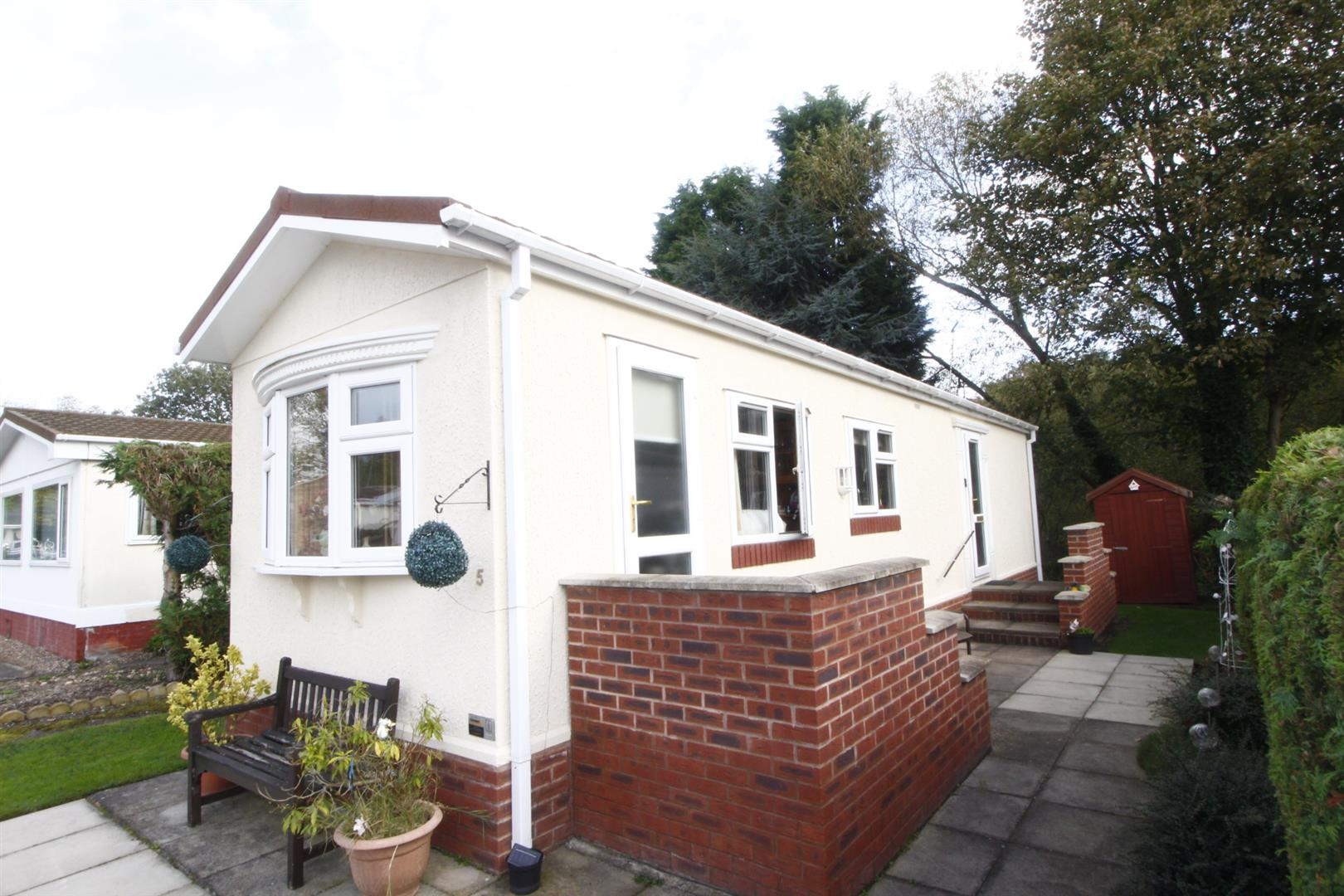 2 Bedrooms Mobile Home for sale in Moira Road, Overseal, Swadlincote